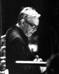 Howard Shore conducting scoring session for